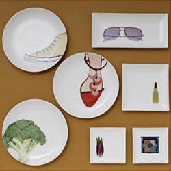 現代アーティスト 紺泉『お皿の休日』